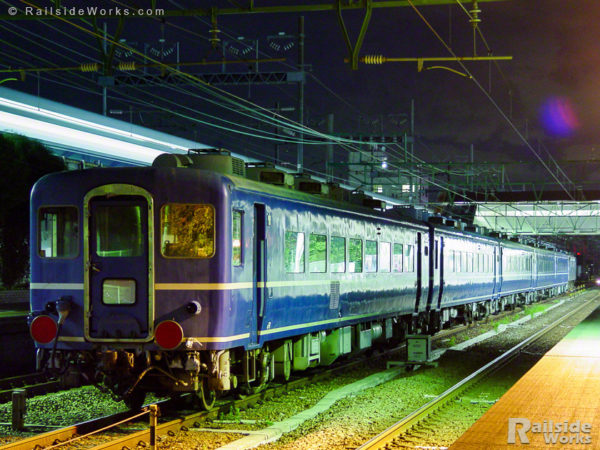 海ミオ14系座席車、天理臨回送列車として草薙へ