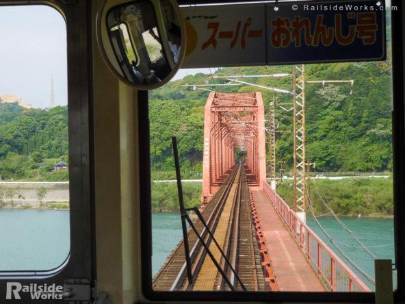 肥薩おれんじ鉄道の球磨川橋梁